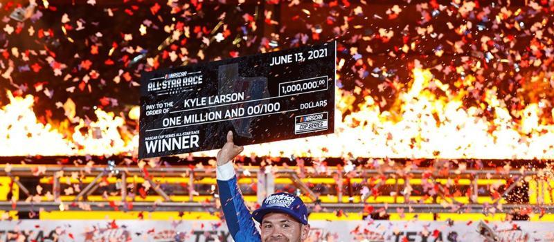 Kyle Larson All-Star Race Victory Lane 1080x1080
