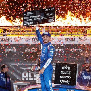 Kyle Larson All-Star Race Victory Lane 1080x1080 Thumbnail