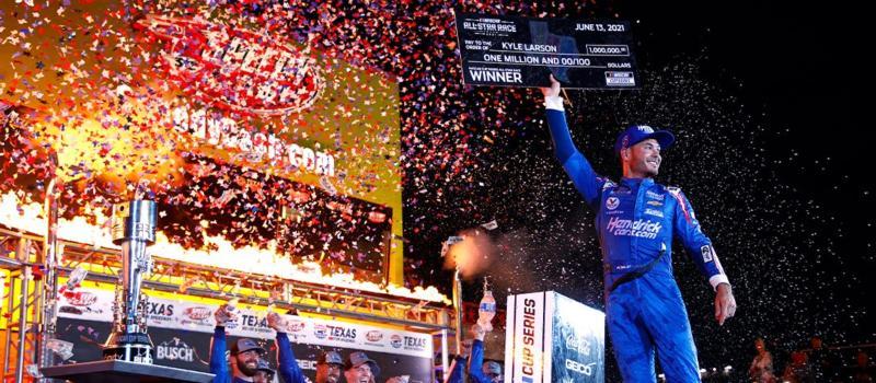 Kyle Larson All-Star Race Victory Lane 1084x485